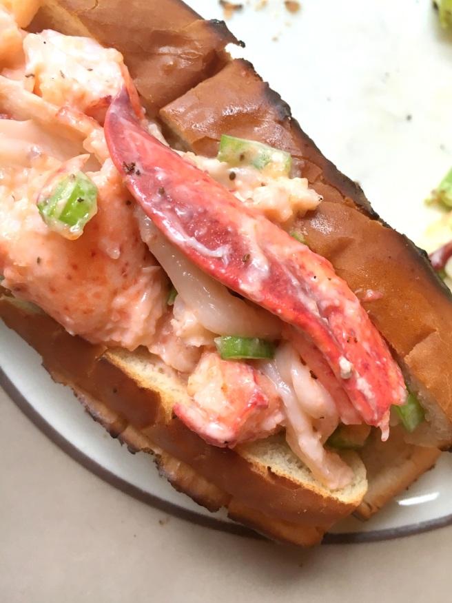 homemade-lobster-roll-2