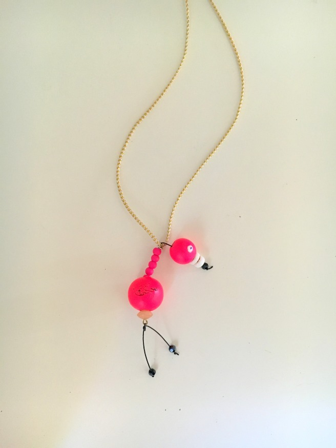 flamingo-necklace