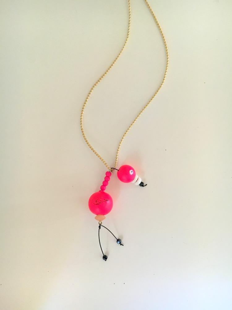 flamingo-necklace